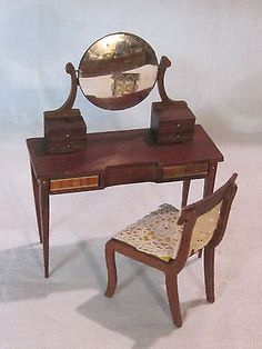 Vintage Sonia Messer Federal period dressing table w/mirror and chair