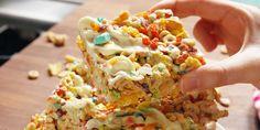 Cereal Killer Bars slay regular crispy treats - it's the no-bake dessert NO ONE can resist. Dessert Recipes For Kids, No Bake Desserts, Easy Desserts, Dessert Ideas, Dessert Bars, Dinner Recipes, Cheese Dessert, Summer Desserts, Appetizer Recipes
