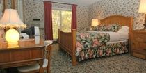 Room 207, The Lodge  www.appletree-inn.com  Directly across from #Tanglewood and #Kripalu in the #Berkshires.