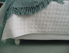 Easy sheet covered boxsprings bed project $8