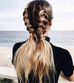 hair hacks Coiffure rapide et facile: les messy cornrows Pigtail Hairstyles, Pigtail Braids, Pretty Hairstyles, Braided Pigtails, Hairstyle Ideas, Everyday Hairstyles, Fishtail Plaits, Chic Hairstyles, Half Pony Hairstyles