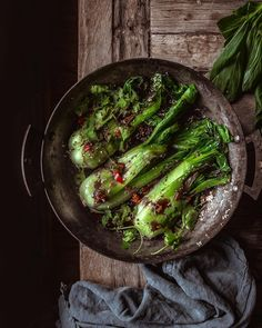 Vibrant greens for supper. Pak choi with seasame and chilli, and other cupboard jumbles. I can eat buckets of this swirled into rice… Green Pepper Recipes, Food Photography Props, Savoury Dishes, Stuffed Green Peppers, Creative Food, Food For Thought, Food Inspiration, Yummy Food, Buckets