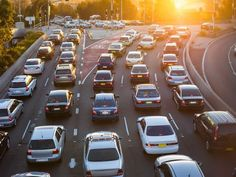 Driving to work on a daily basis can get expensive! To help you save on your commute, here are a few tips.
