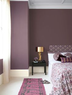 47 Pretty Painted Bedroom Wall Color Design Ideas That Will Inspire You - Gone were those days when people lived in houses with just white painted walls, regular bulbs, and marriage and family photos in standardized photo fr. Bedroom Wall Colors, Bedroom Themes, Bedroom Decor, Purple Accent Walls, Deco Cool, Modern Bedroom Design, Purple Bedroom Design, Small Apartments, Interior Design