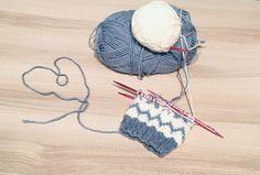 Kuviolliset talvisukat – Nurjia silmukoita Winter Hats, Crochet Hats, Fashion, Crocheted Hats, Moda, Fashion Styles, Fashion Illustrations, Fashion Models