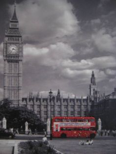 took a picture of my paper pad Big Ben, Take That, Paper, Building, Pictures, Travel, Photos, Viajes, Buildings