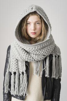 Knitted Shawls, Crochet Scarves, Knit Crochet, Crochet Hats, Braided Scarf, Mode Boho, Knit Fashion, Knit Patterns, Hand Knitting