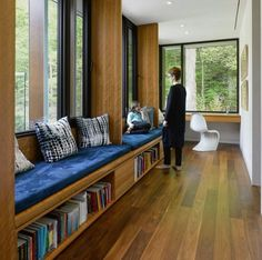 Modern farmhouse living room - Superkül Brings the Midcentury Essence Back To This Canadian House – Modern farmhouse living room Canadian House, Mid Century House, Home Renovation, Home Interior Design, Interior Door, Modern Interior, Modern Furniture, Furniture Design, Living Room Decor