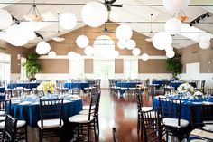wedding decoration navy and yellow - Buscar con Google