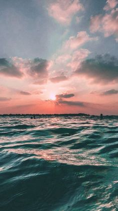 Iphone Wallpaper - Sunset Sea Sky Ocean Summer Green Water Nature - Wallpaper World Iphone 6 Wallpaper, Summer Wallpaper, Nature Wallpaper, Wallpaper Backgrounds, Wallpapers Ipad, Pretty Backgrounds, Landscape Wallpaper, Trendy Wallpaper, Iphone Backgrounds