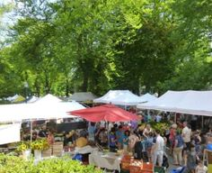 OREGON -- PORTLAND STATE UNIVERSITY FARMERS' MARKET.