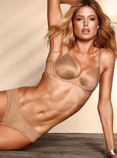 Doutzen Kroes hot on actressbrasize.com  http://actressbrasize.com/2014/06/09/doutzen-kroes-bra-size-body-measurements/                                                                                                                                                                                 もっと見る                                                                                                                                                                                 もっと見る