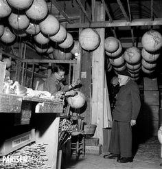 Monsieur Girard, fabricant de globes terrestres. Paris, le 8 décembre 1954.
