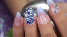 #trendstyle   #nails  #schmucksteine #nailart Schmucksteine in XXL haben nicht nur in der Modewelt eine extravagante Wirkung. Auch Deine Fingernägel werden damit zum ausgefallenen Blickfang. In diesem Video zeigen wir Dir ein wirklich Aufsehen erregendes Design mit den neuen Jolifin Diamonds. Hier findest Du alle verwendeten Produkte: http://www.prettynailshop24.de/shop/trendstyle-nailart-grosse-schmucksteine-video_386.html#Produkte