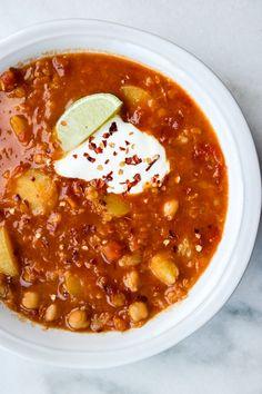 Linsegryte med curry, kikerter og poteter