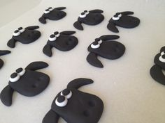 SHAUN THE SHEEP CAKE TOPPERS