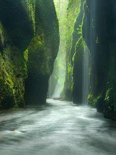 Oneonta Gorge in Oregon