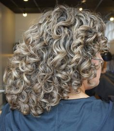 Q Hair, Grey Curly Hair, Curly Hair Styles, Perms, Relaxer, Grey Fashion, Pallet Furniture, Beauty Nails, Art Designs