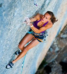 www.boulderingonline.pl Rock climbing and bouldering pictures and news Climbing and conquer