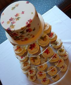 you could create your own design....instead of a maple leaf.... and this is a small cake and then the guests get cupcakes   Maple Leaf Wedding by neviepiecakes, via Flickr