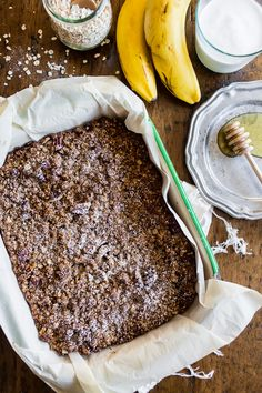 This banana bread crisp is the perfect balance of moist banana bread and crunchy oatmeal topping crisp. It's 100% comfort food taken to a whole new level. #sponsored