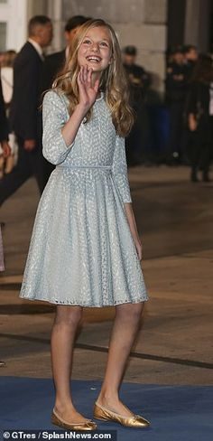 Leonor dons a blue dress for a Spanish awards ceremony last month. Princess Of Spain, Prince And Princess, Royal Fashion, Girl Fashion, Fashion Outfits, Leonor Princess Of Asturias, Queen Noor, Grace Kelly Style, Spain Fashion