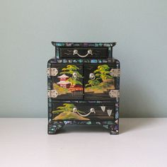 Jewelry Box Vintage Oriental Asian Wooden Jewelry by AnnataStyle
