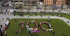 Los ingleses inician la cuenta regresiva de los 100 días que faltan para los Juegos Olímpicos de Londres. Los Jardines de Kew serán escenario de la celebración.