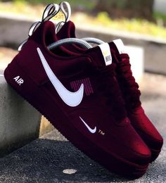 Purple Sneakers, Purple Shoes, Men Sneakers, Jordan Shoes Girls, Girls Shoes, Sport Outfit Damen, Souliers Nike, Cute Nike Shoes, Nike Shoes Air Force
