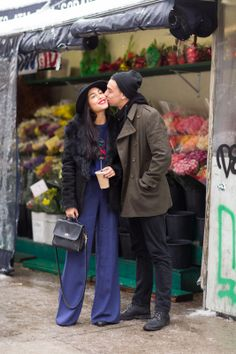 15 cute couples spotted on the street!