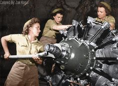 WWII women mechanics Marine Corps training center in Norman, Oklahoma, 1944 (colorized by Zak Kogut)