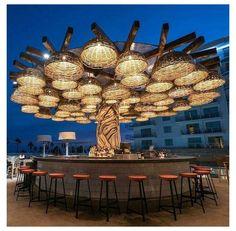 Outdoor Restaurant Design, Restaurant Plan, Deco Restaurant, Restaurant Exterior, Rooftop Restaurant, Restaurant Concept, Rooftop Bar, Bar Interior Design, Restaurant Interior Design