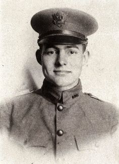 young Ernest Hemmingway in the First World War