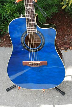 2012 Fender T- Bucket 300CE Trans Blue Quilted Top - Nearly New! (1441)