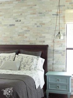 Hometalk | Faux Brick Stencil Feature Wall - Not sure I will ever do this, but wanted to note the how to!