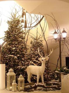 Christmas decoration - The Grove Hotel, Ken Marten