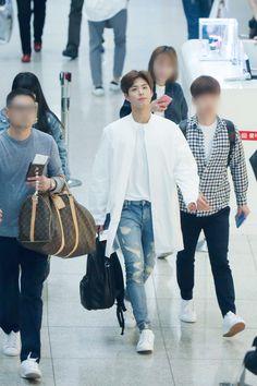 160422 인천공항 출국