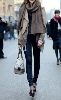 UGH I'm in love with this look! Skinny jeans, heels, neutral oversized knits... just says winter for me!