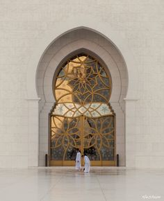 Shaikh Zayed Grand Mosque by Hesham al-Ammal, via 500px