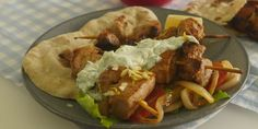Souvlaki Recipe Greek Dishes, Very Well, Food Videos, Lamb, Pork, Meals, Cooking, Ethnic Recipes, Kale Stir Fry