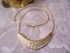 Monet Beige Necklace Vintage Pendant Choker Link Chain Gold Tone   PrettyJewelryThingsStore - Jewelry on ArtFire