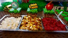 Minecraft food perler beads - minecraft food pattern - minecraft birthday party - minecraft crafts - minecraft cake table