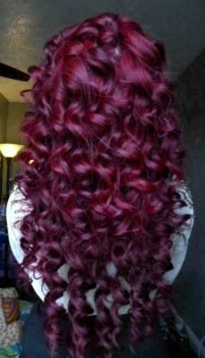 redish purple hair color for graduation. maybe redish purple hair color for graduation. Red Violet Hair, Violet Hair Colors, Burgundy Hair, Purple Hair, Burgundy Color, Red Plum, Color Red, Ombre Hair, Pink Purple