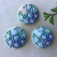 ご注文品 刺繍ブローチ3.0 ネモフィラ3点