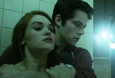 teen wold season 5 Lydia Martin (Holland Roden) stiles stilinski (Dylan O'Brien)