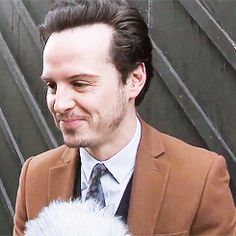 (gif) <3 when Andrew makes the happy/slighty annoyed face