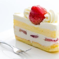 Fraisier à la chantilly légère Cake Cookies, Cupcake Cakes, Cake & Co, Sweet Cakes, I Love Food, Cheesecake, Dessert Recipes, Food And Drink, Yummy Food