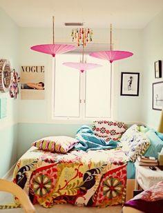 Bohemian Bedroom - cute Parasol Decor