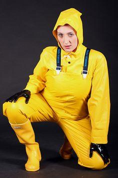 Pvc Raincoat, Yellow Raincoat, Pvc Trousers, Mudding Girls, Rain Fashion, Black Angels, Rain Gear, Work Wear, Rain Boots