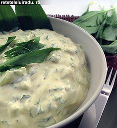Spring yogurt and wild garlic salad Cold Vegetable Salads, Corn Salads, Wild Garlic, No Salt Recipes, Tasty, Yummy Food, Appetisers, Ranch Dressing, Love Food